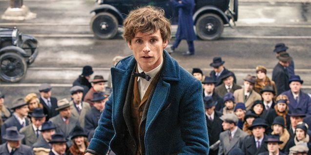 Eddie-Redmayne-in-Fantastic-Beasts-and-Where-to-Find-Them1.jpg
