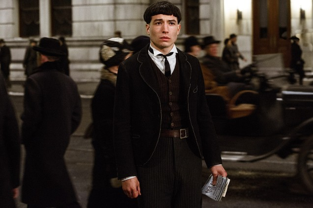 rs_1024x683-161111052734-1024.ezra-miller-fantastic-beasts-and-where-to-find-them.111116.jpg