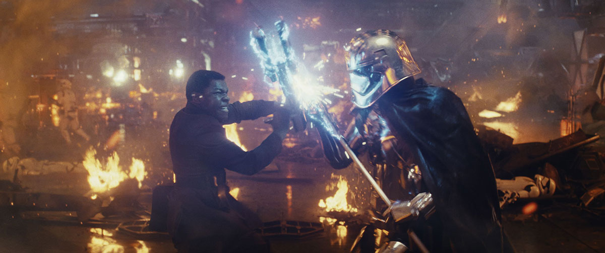Finn-John-Boyega-left-has-another-run-in-with-Captain-Phasma-Gwendoline-Christie-in-Star-Wars-The-Last-Jedi.-.jpg